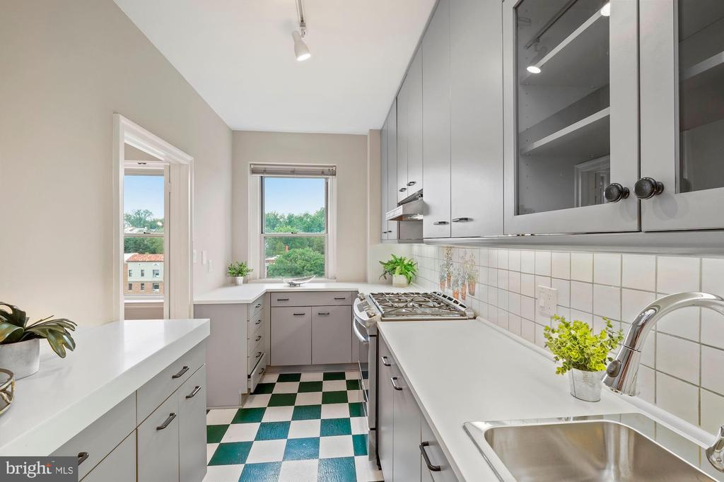 Stainless Steel Appliances - 3601 CONNECTICUT AVE NW #601, WASHINGTON