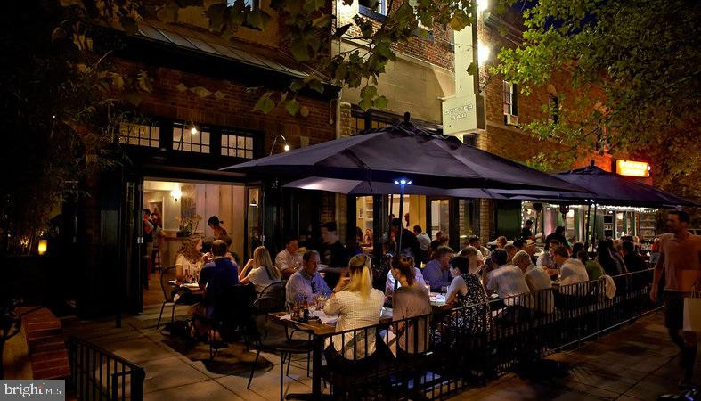 Night life and Restaurants walking Distance - 1734 17TH ST NW, WASHINGTON
