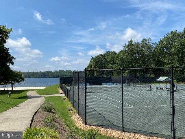 OUTDOOR TENNIS BY THE LAKE, MANY MORE COURTS - 11510 BALDY EWELL WAY, SPOTSYLVANIA