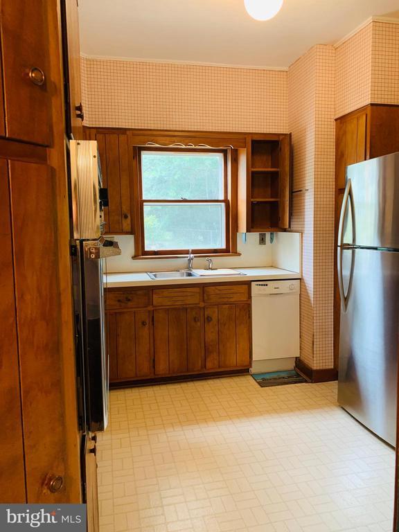 Kitchen - 600 W WASHINGTON ST, MIDDLEBURG