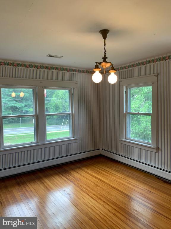 2nd Bedroom upstairs - 600 W WASHINGTON ST, MIDDLEBURG