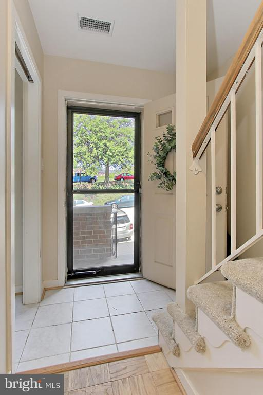 Foyer - 3729-A MADISON LN, FALLS CHURCH