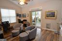 Library/office w/ sliding doors to screened porch - 6290 SETTLERS TRAIL PL, GAINESVILLE