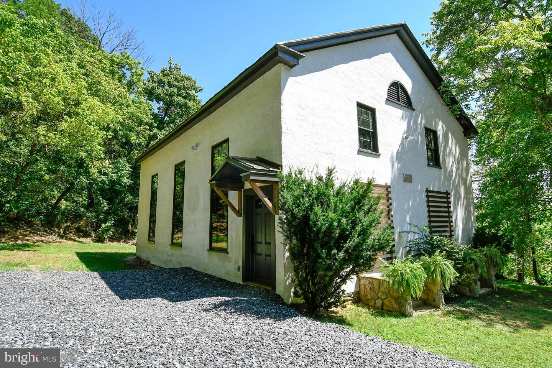 Single Family Homes para Venda às Flint Hill, Virginia 22627 Estados Unidos