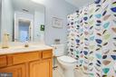 Upper level Hall FULL Bath - 10809 STACY RUN, FREDERICKSBURG
