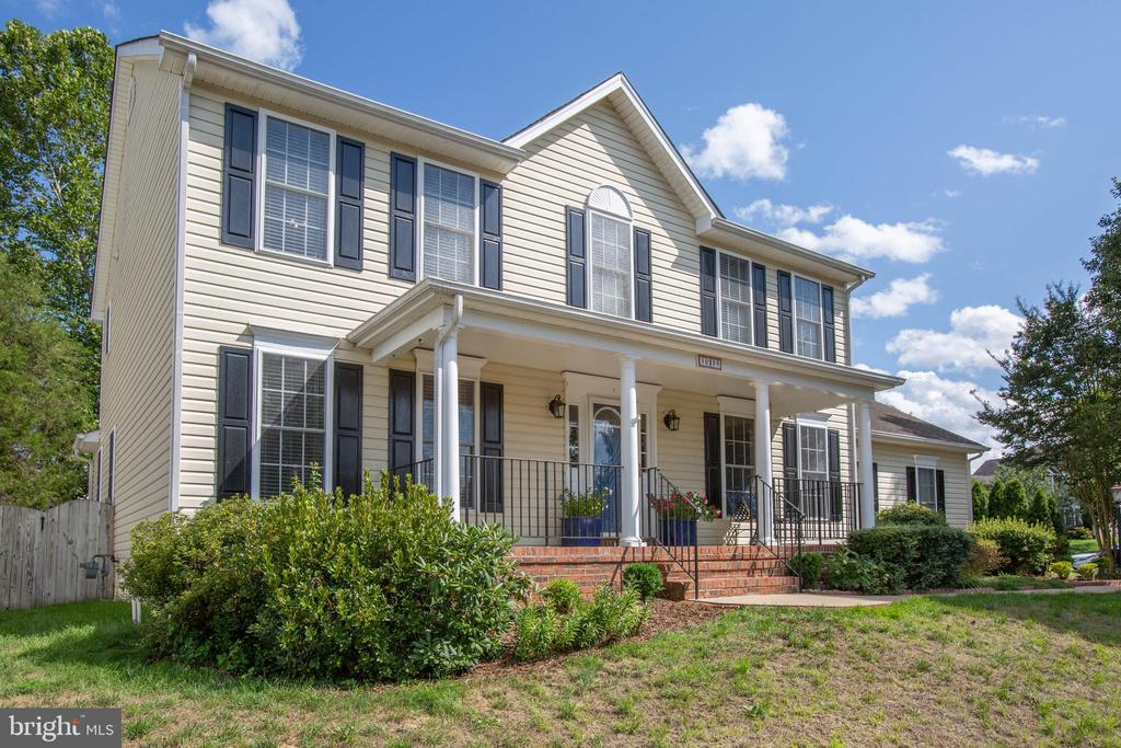 3 story colonial w/front porch - 10809 STACY RUN, FREDERICKSBURG