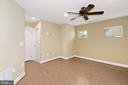 Lower level with a full bath - 2617 S KENMORE CT, ARLINGTON