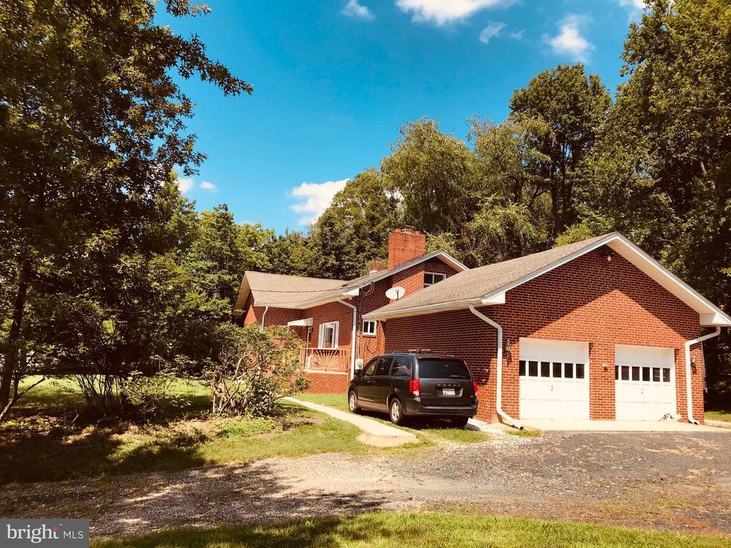 Exterior / Garage - 9525 RIGGS RD, ADELPHI