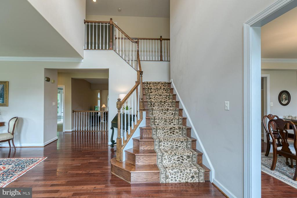 Grand Foyer with Waterfall Staircase - 5 ABRAHAM CT, STAFFORD