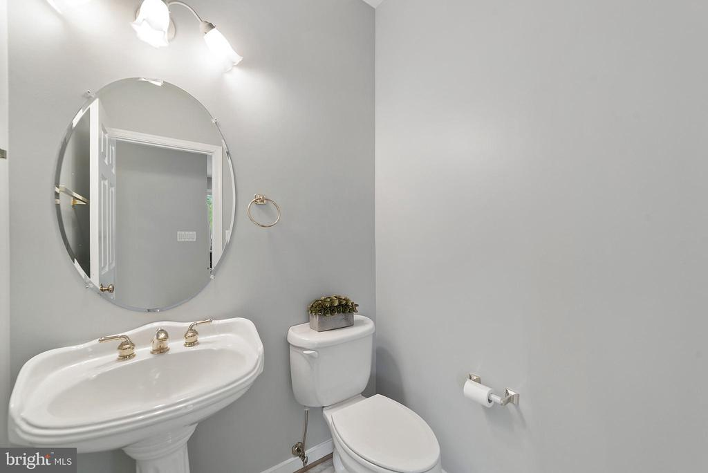 Half Bath - 26235 OCALA CIR, CHANTILLY