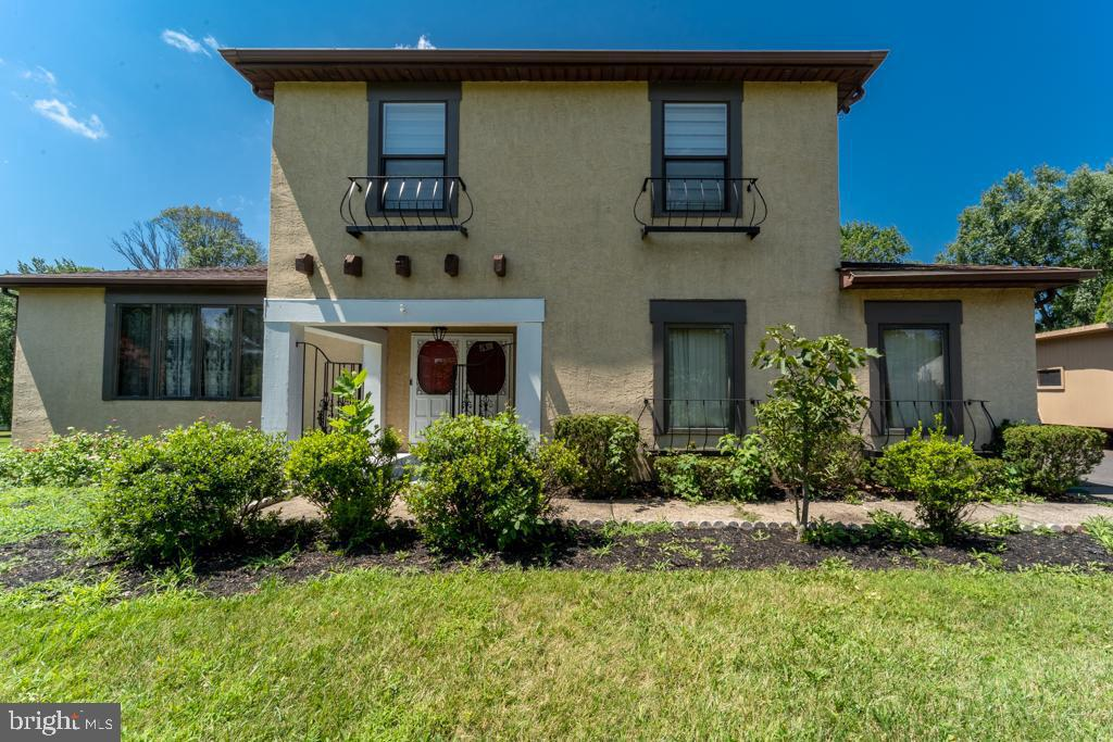 Single Family Homes for Sale at 94 CYNTHIA Drive Richboro, Pennsylvania 18954 United States
