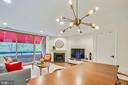 Spacious family room - 1643 S HAYES ST #2, ARLINGTON
