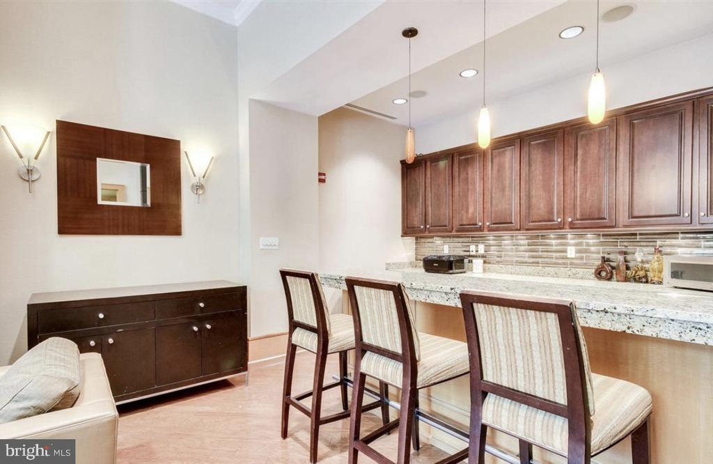 Party Room with Full Kitchen - 3625 10TH ST N #408, ARLINGTON