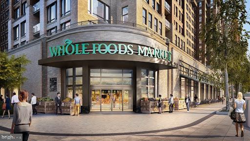 Walk to 1 of 3 major groceries - 1643 S HAYES ST #2, ARLINGTON