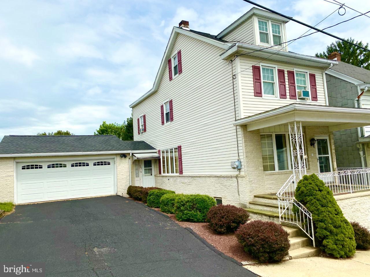 Single Family Homes por un Venta en Cumbola, Pennsylvania 17930 Estados Unidos