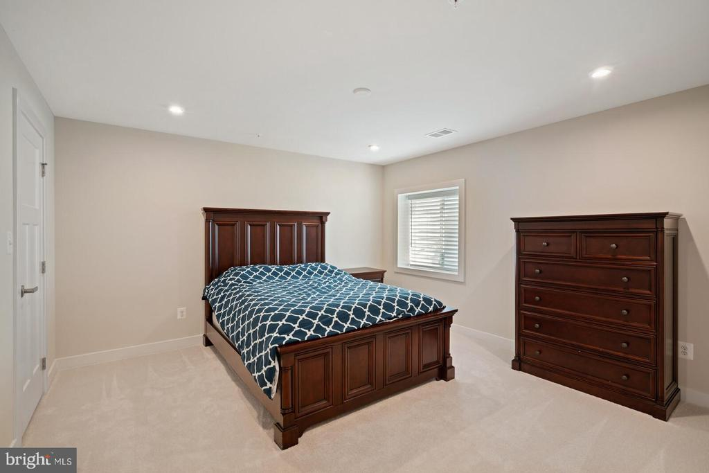 Bedroom # 5 - 17429 SPRING CRESS DR, DUMFRIES