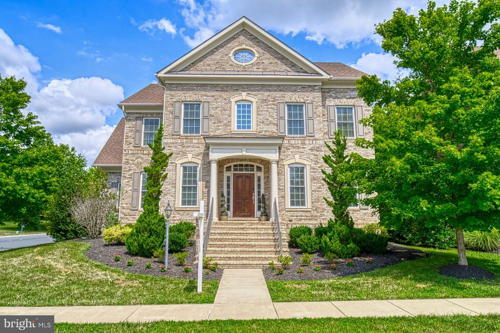Make This YOUR Home! - 42439 MERIDIAN HILL DR, BRAMBLETON