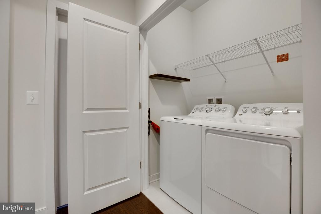 Laundry upstairs - 42308 IMPERVIOUS TER, BRAMBLETON