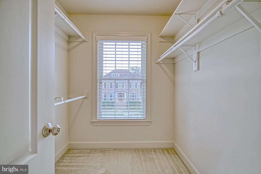 Third Bedroom has Light Filled Walk-in Closet - 42439 MERIDIAN HILL DR, BRAMBLETON