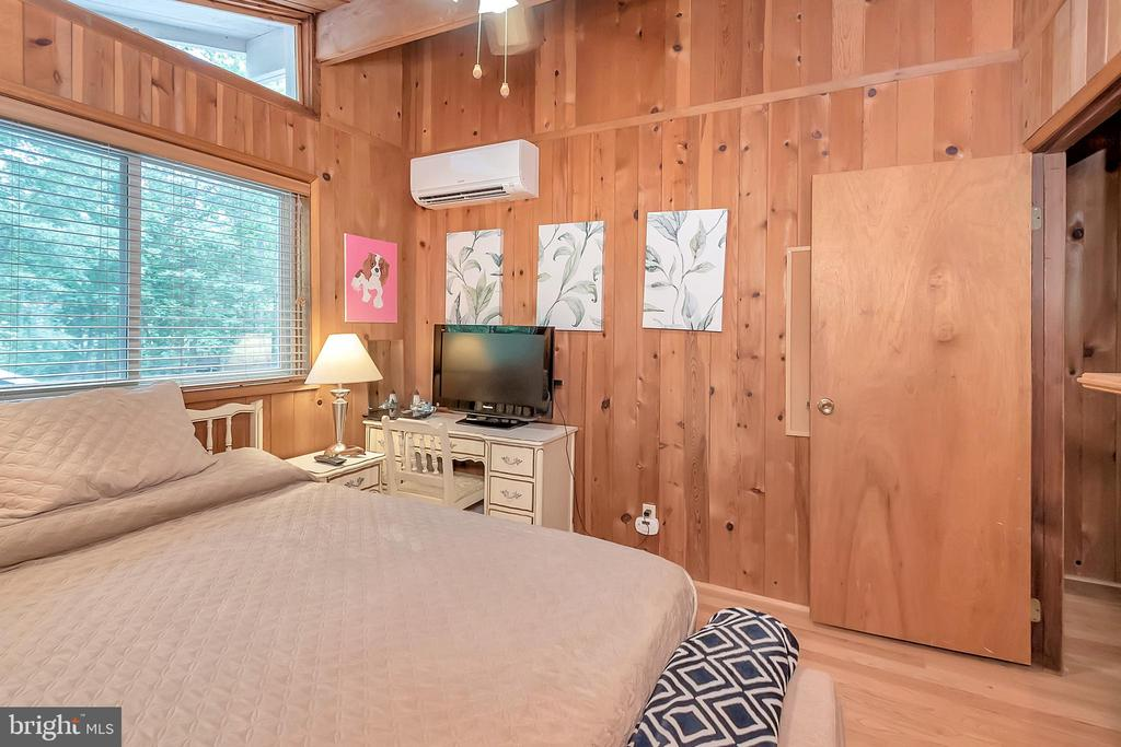Bedroom #2 - 1201 LAKEVIEW PKWY, LOCUST GROVE