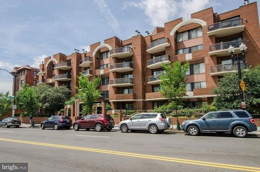 2320 WISCONSIN AVE NW #202