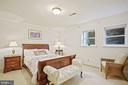 Bedroom 5 with en suite full bath - 2747 N NELSON ST, ARLINGTON