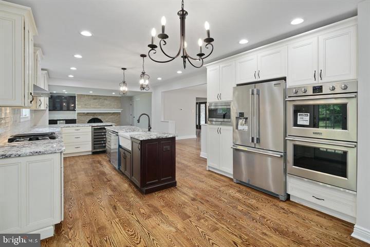 Single Family Homes für Verkauf beim Cherry Hill, New Jersey 08003 Vereinigte Staaten