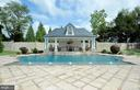Picturesque salt water pool - 40483 GRENATA PRESERVE PL, LEESBURG