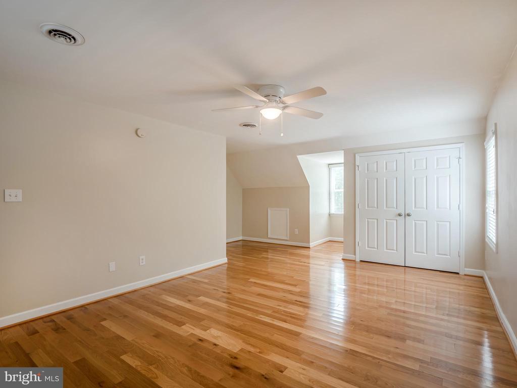 Gleaming Hardwood Floors in All Bedrooms! - 32420 GADSDEN LN, LOCUST GROVE