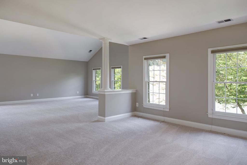 Owners Sitting Room - 42428 HOLLY KNOLL CT, ASHBURN