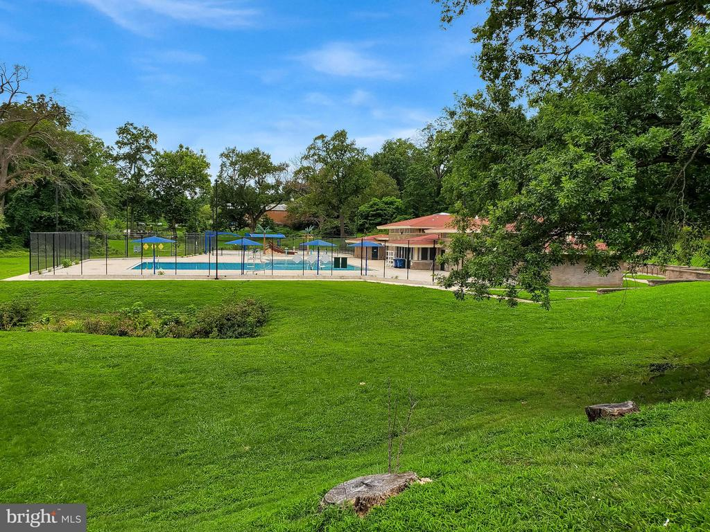 Langdon Park  Community Pool - 2209 FRANKLIN ST NE, WASHINGTON