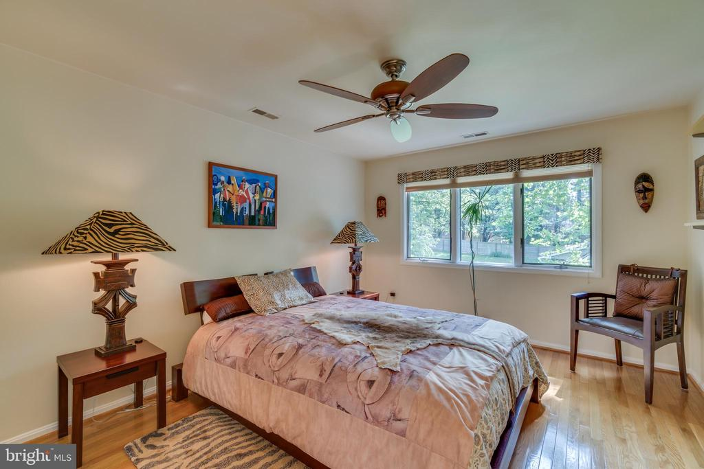 African inspired 3rd floor bedroom (one of two) - 13814 ALDERTON RD, SILVER SPRING