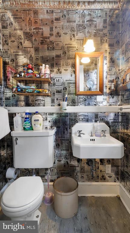 Main Bath 2 - 6404 WASHINGTON BLVD, ARLINGTON
