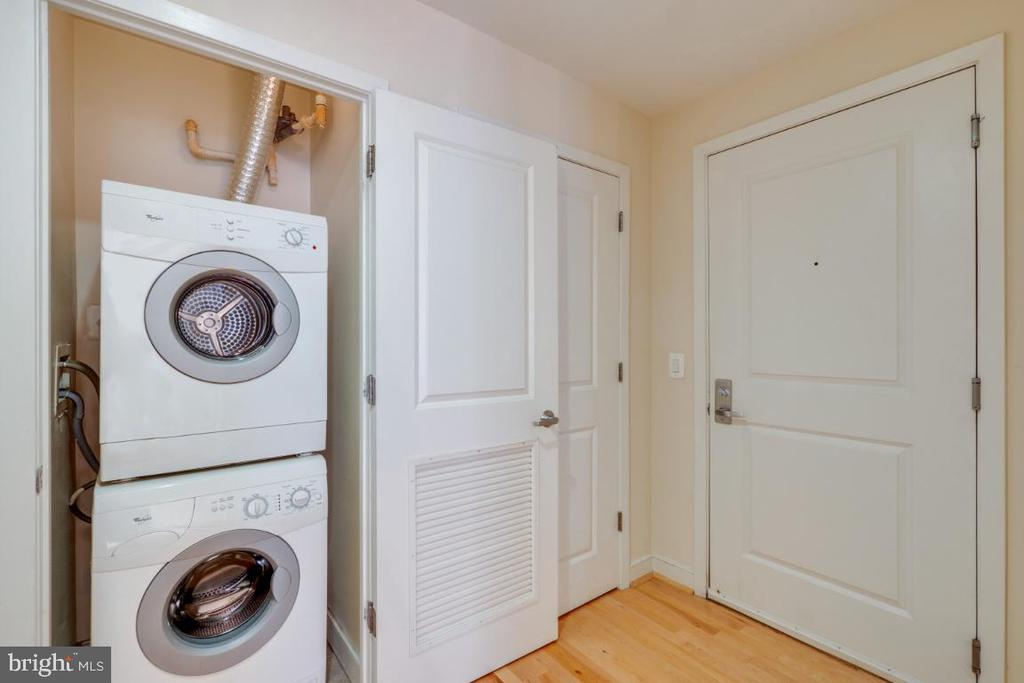Front loading washer/ dryer by front door - 820 N POLLARD ST #603, ARLINGTON