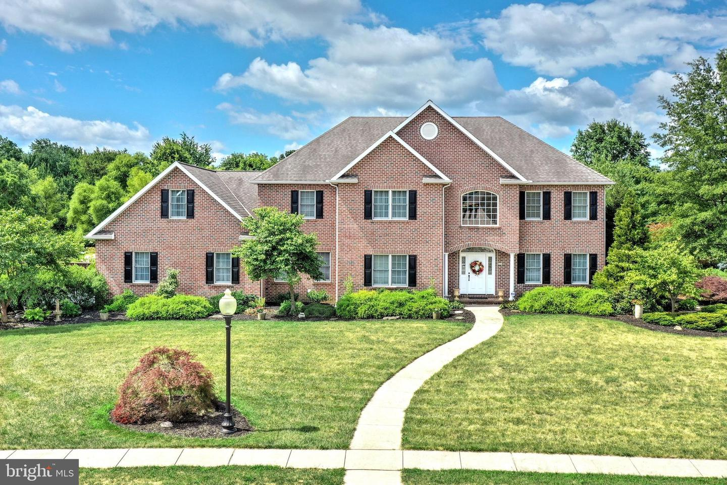 Single Family Homes for Sale at Hanover, Pennsylvania 17331 United States