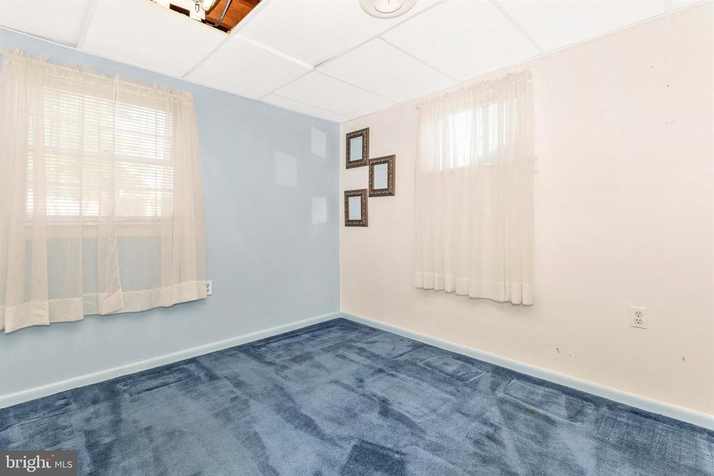 Lower-level Bedroom - 10101 WHITE AVE, CLINTON
