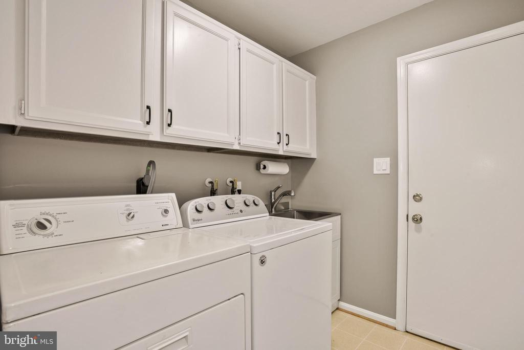 Laundry Room - Remodeled in June 2020! - 9522 BACCARAT DR, FAIRFAX