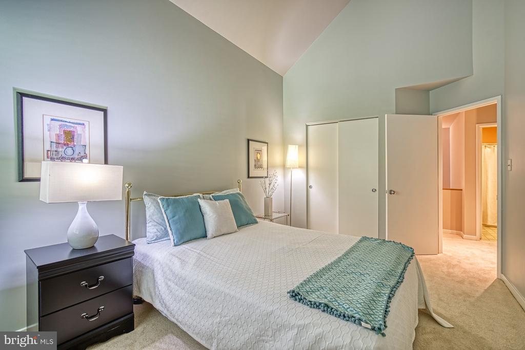 Bedroom #2 - 11517 TURNBRIDGE LN, RESTON