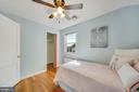 Upstairs bedroom - 3707 KEMPER RD, ARLINGTON