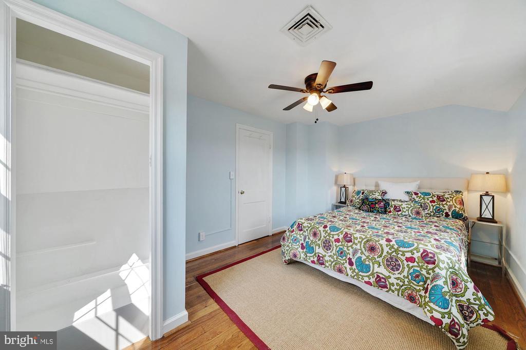 Bedroom - 3707 KEMPER RD, ARLINGTON