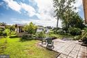 Sunny patio has lush landscaping - 6920 RUSKIN ST, SPRINGFIELD