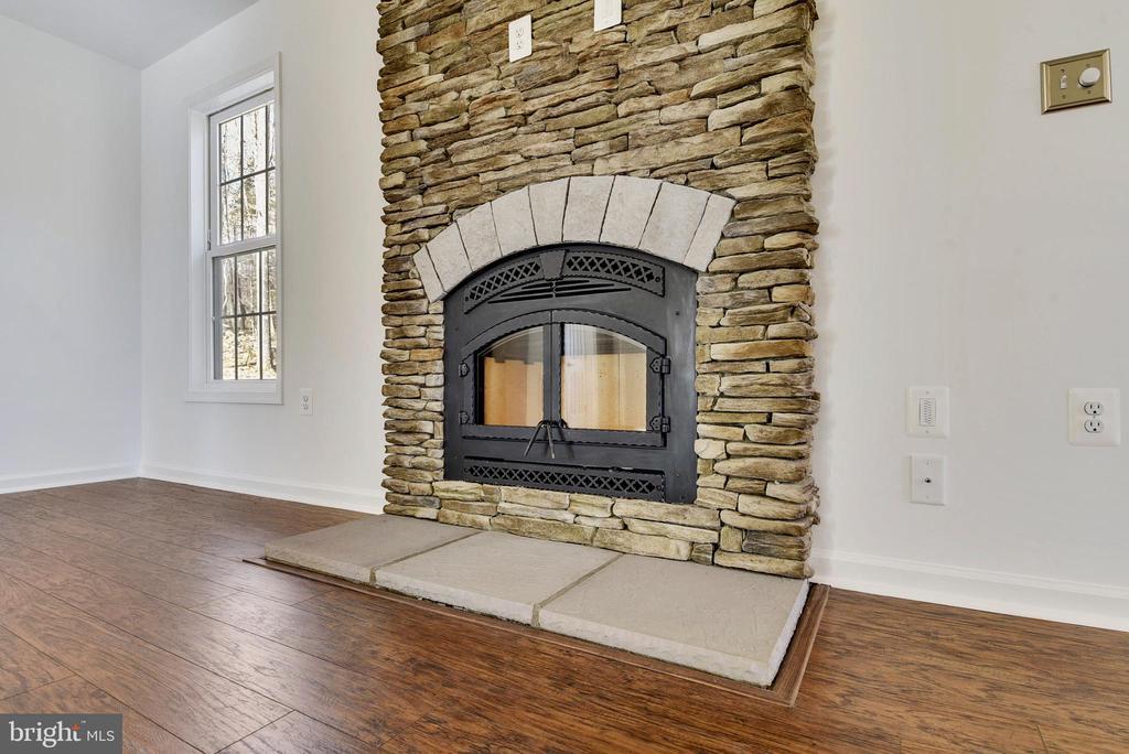 Family Room - Ex 2 - Stone Wood Burning Fireplace - 11950 HONEY GROVE TRL, NOKESVILLE