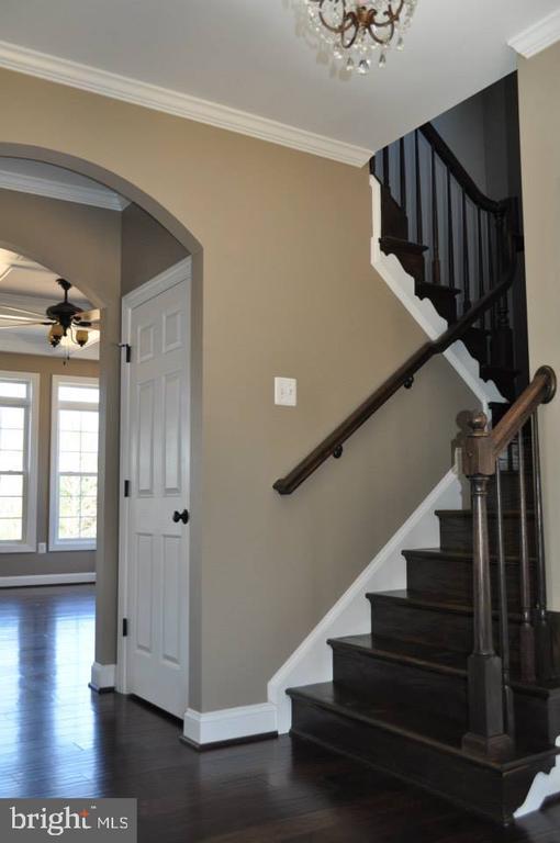 Stairs to 2nd Floor - Option-Hardwood - 11950 HONEY GROVE TRL, NOKESVILLE