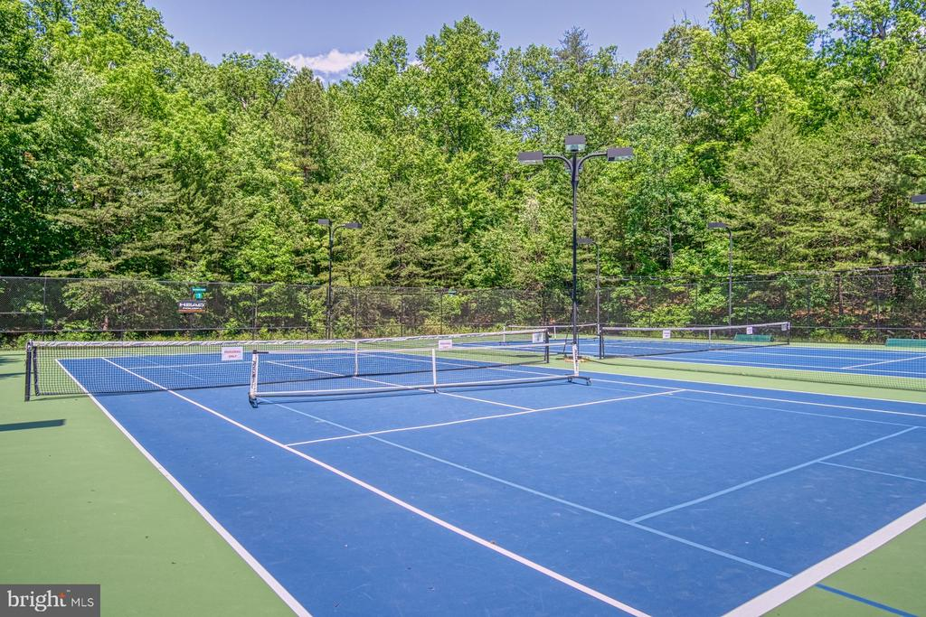 Reston Association Tennis Courts - 11517 TURNBRIDGE LN, RESTON
