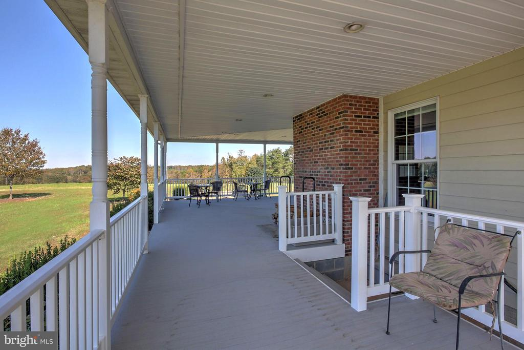 Side Porch on Entry Level - 2921 DUCKER DR, LOCUST GROVE