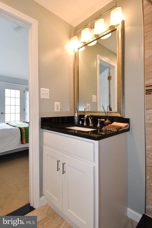 BATHROOM # 3 - 784 N VERMONT ST, ARLINGTON