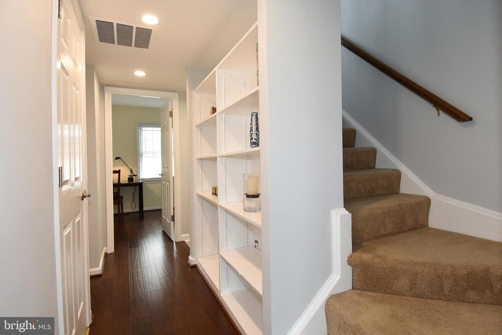 STAIR TO THIRD LEVEL - 784 N VERMONT ST, ARLINGTON