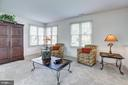 Large Sitting Room - 505 GRAND CYPRESS, SILVER SPRING