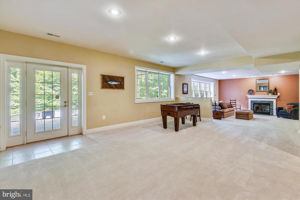 Game Room with access to Flagstone Patio - 11364 JACKRABBIT CT, POTOMAC FALLS