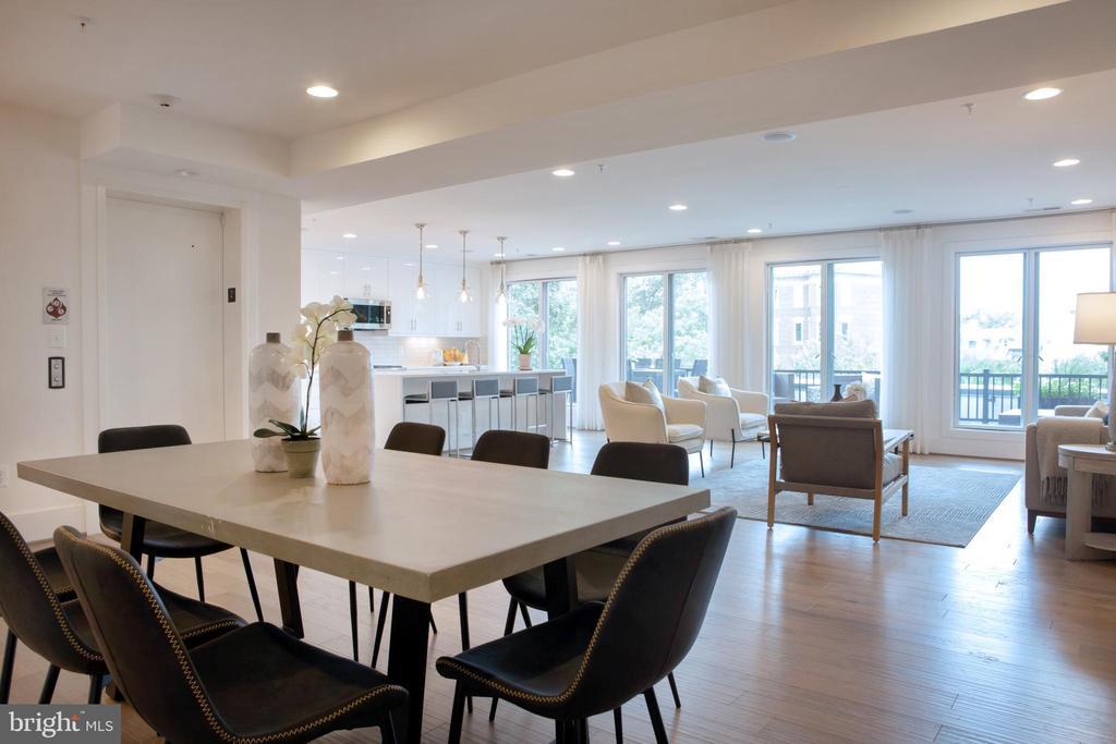 Expansive Living-Dining Area Northwest - 645 MARYLAND AVE NE #201, WASHINGTON
